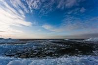 Kruiend ijs blauw